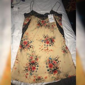 zara spaghetti strap floral flowy dress